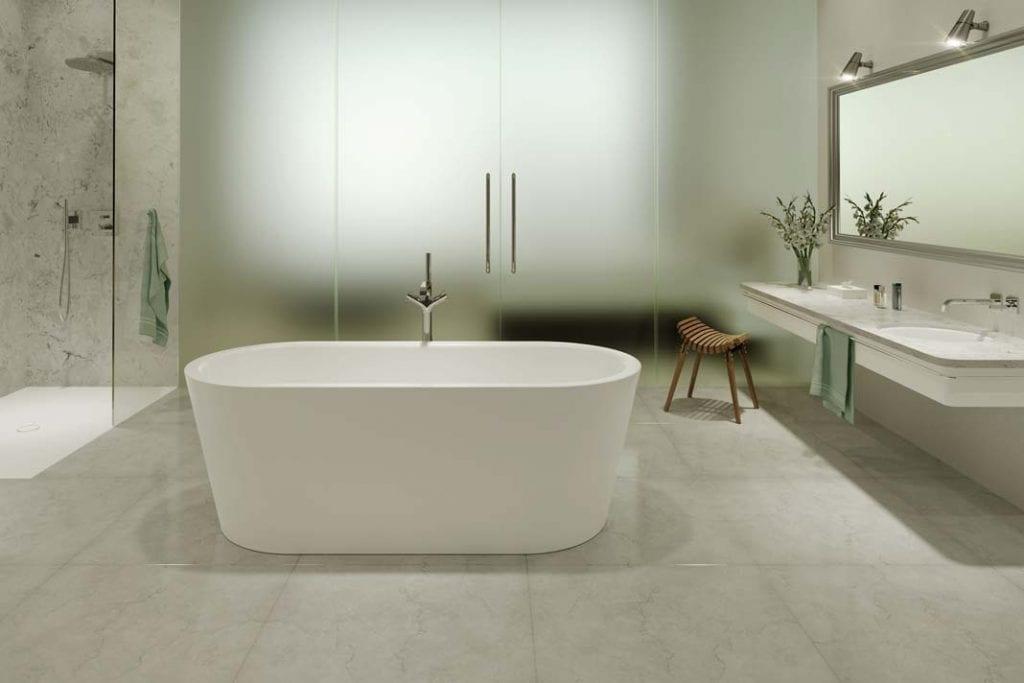 Duża wolno stojąca wanna Classic Duo Oval, czyli doskonałe miejsce do kąpieli we dwoje.