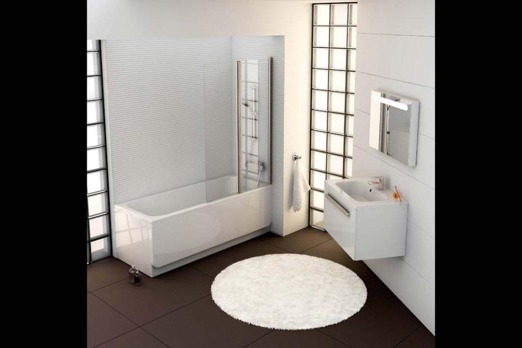 Wanna i prysznic w łazience. Prostokątna wanna oraz dwuczęściowy parawan z kolekcji Chrome firmy Ravak