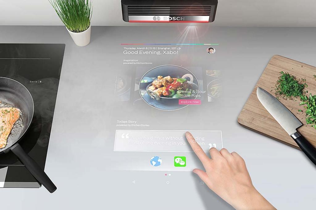 interaktywny projektor firmy Bosch wyświetlający przepisy na blacie kuchennym