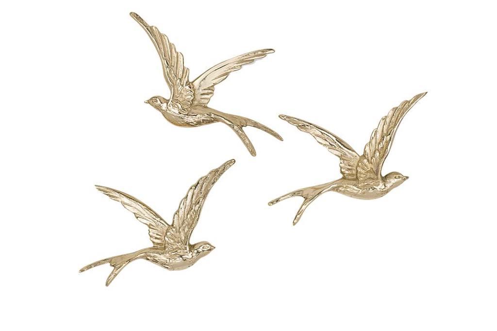 trzy uchwyty meblowe w kształcie lecących ptaków