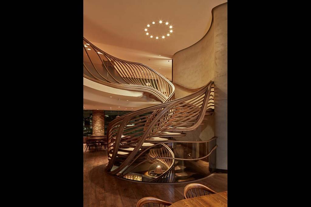 Realizacja zjawiskowych schodów todzieło firmy TRĄBCZYŃSKI.