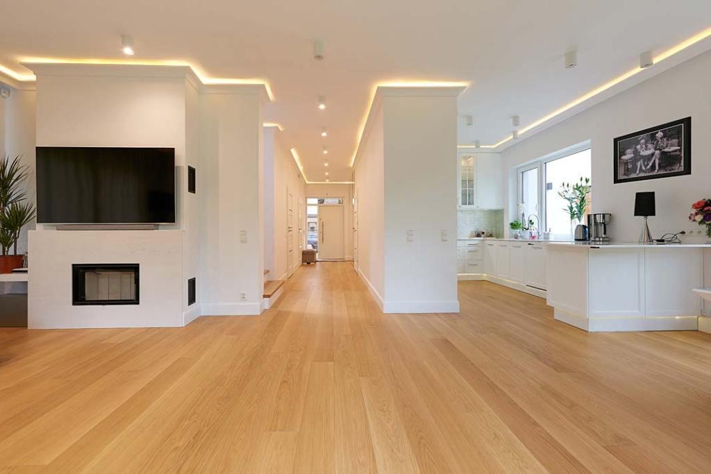 Podłoga drewniana wykonana z desek dębowych FINISHDESKA XXL dąb exclusive,