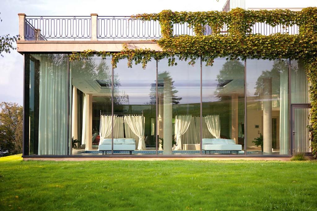 Duże okna w domu. Aluminiowe okna Futuro firmy Wiśniowski
