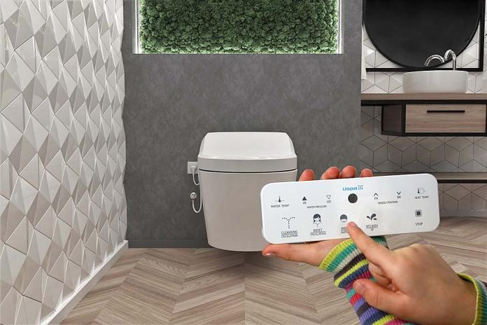 Automatyczna toaleta myjąca USPA 7000