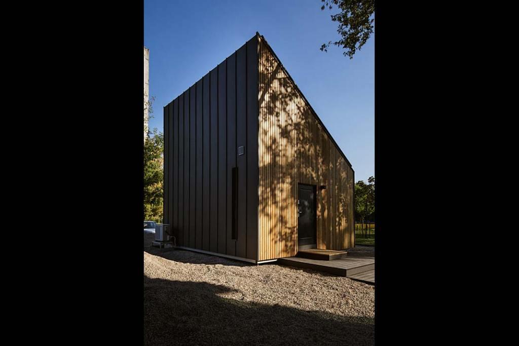 Dom prefabrykowany Solace House, pokazowy dom prototypowy