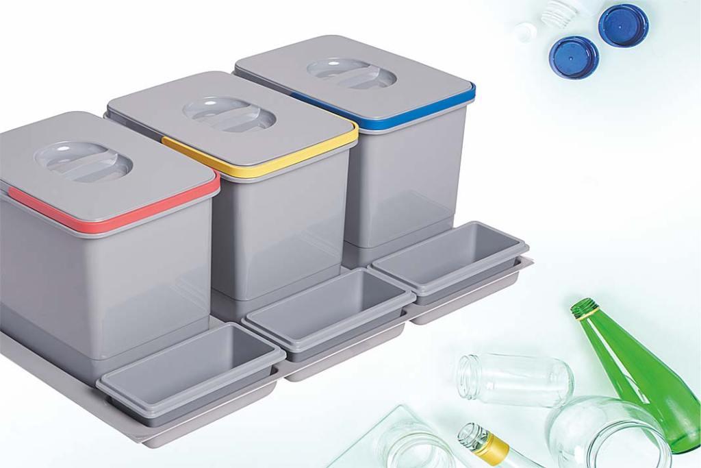 Mniej śmieci w kuchni. Kosze do segregacji śmieci doumieszczenia wewnątrz szuflady