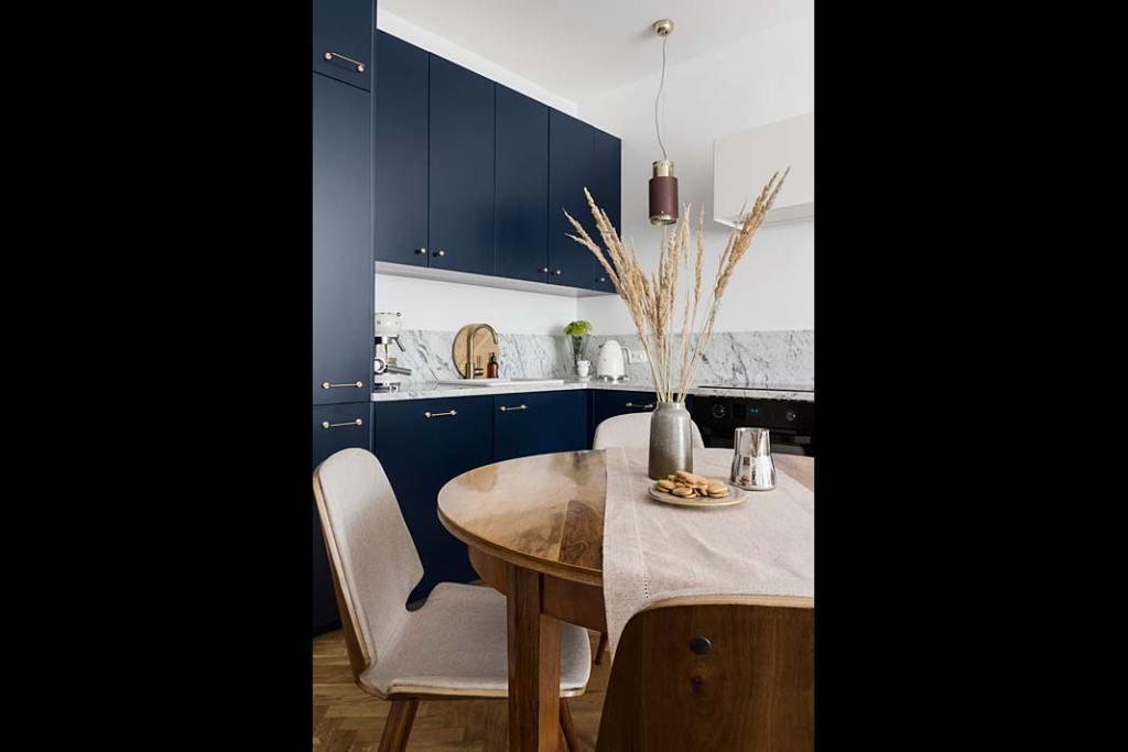 Kuchenne meble to szafki Metod od IKEA uzupełnione frontami FROPT. Projekt: Magda MIlejska i FROPT