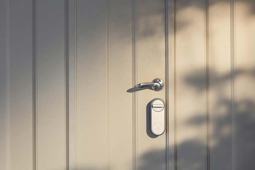 Linus®, bezkluczowy zamek do drzwi firmy YALE