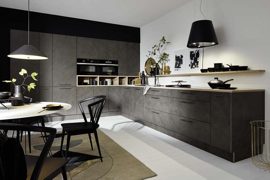 Kuchnia w odcieniach szarości. Meble kuchenne Lucca w kolorze Cement Antracyt firmy Nolte Kuchen