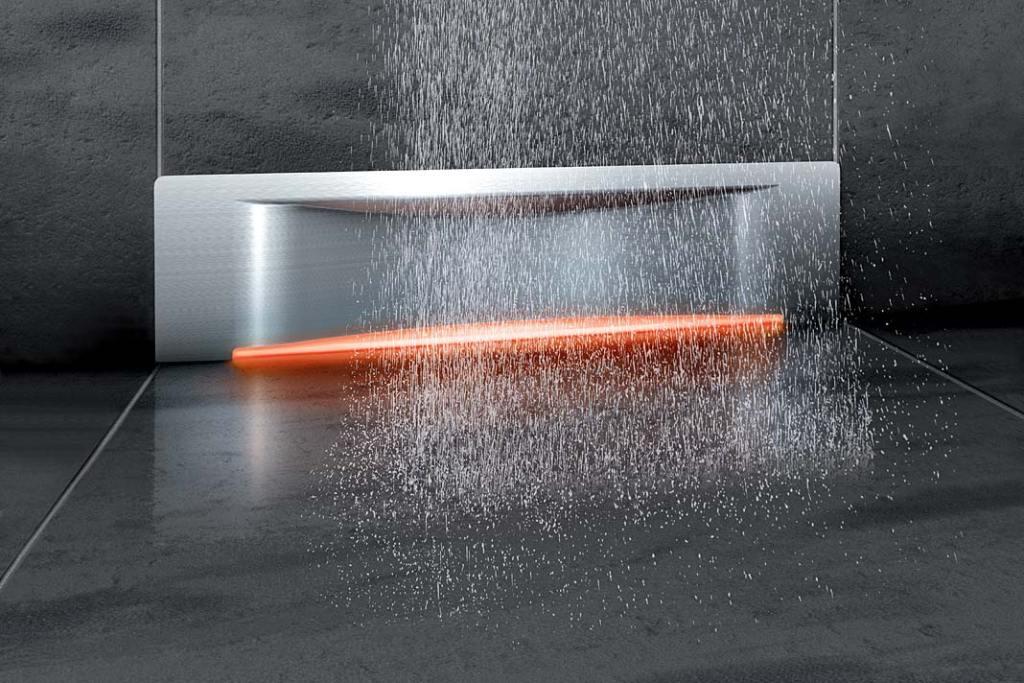 Kabina prysznicowa bez brodzika. Odpływ ścienny Scada zpodświetleniem firmy Kessel