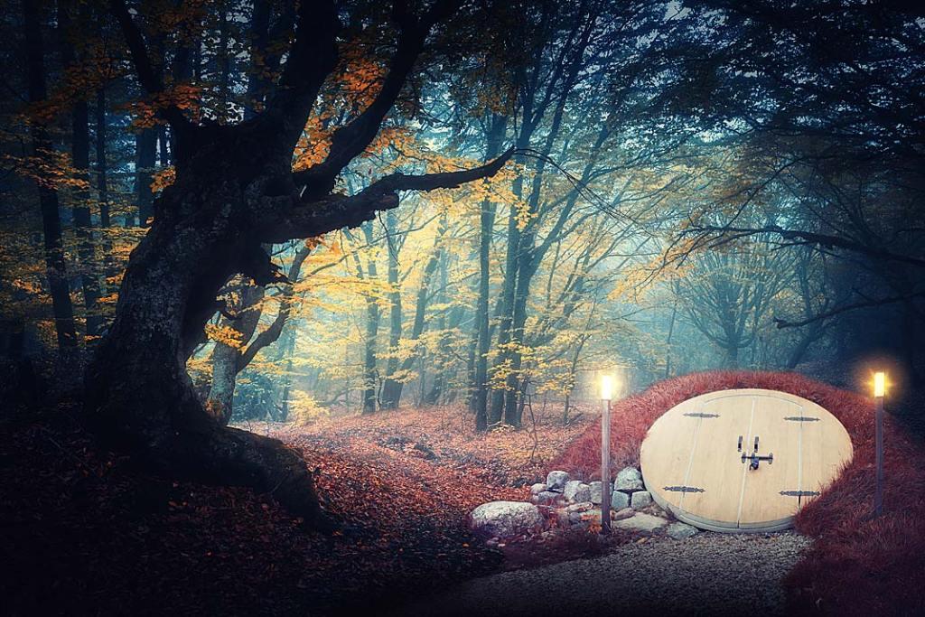 Piwniczka w ogrodzie jesienią