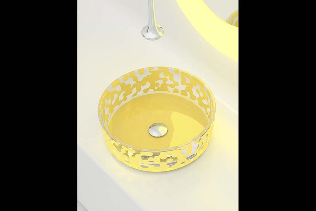 Kolory roku 2021. Szklana umywalka Marea, projekt Karima Rashida dla Glass Design