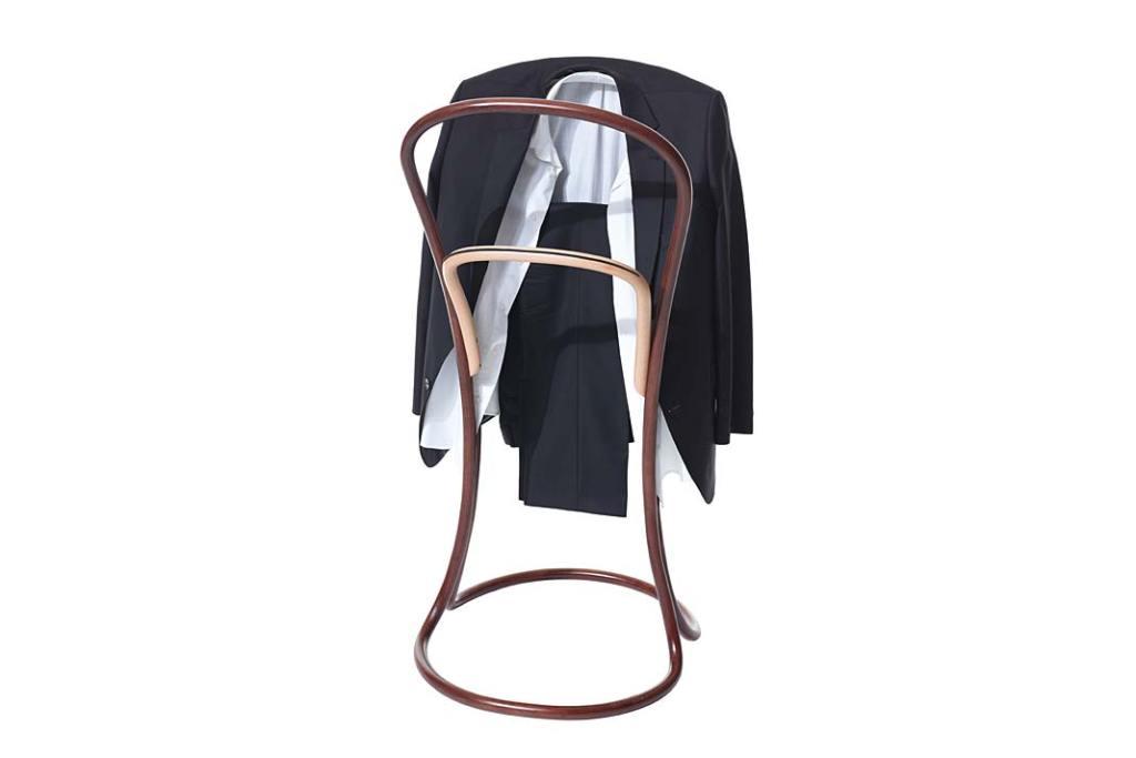 Wyposażenie garderoby. Wieszak Pelato z TON