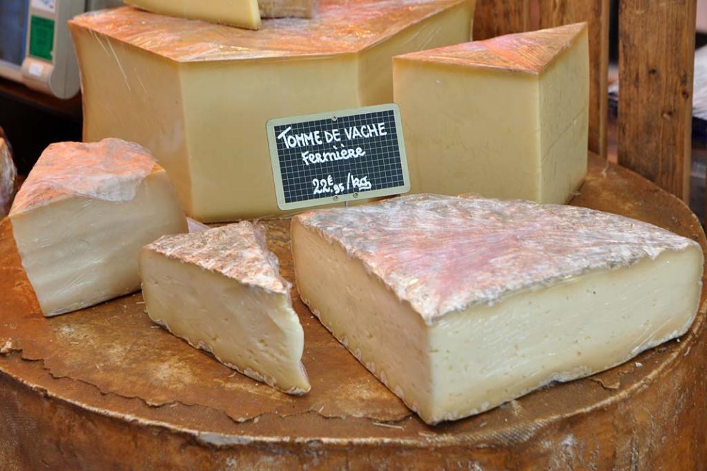 Burgundzki ser w typie tomme