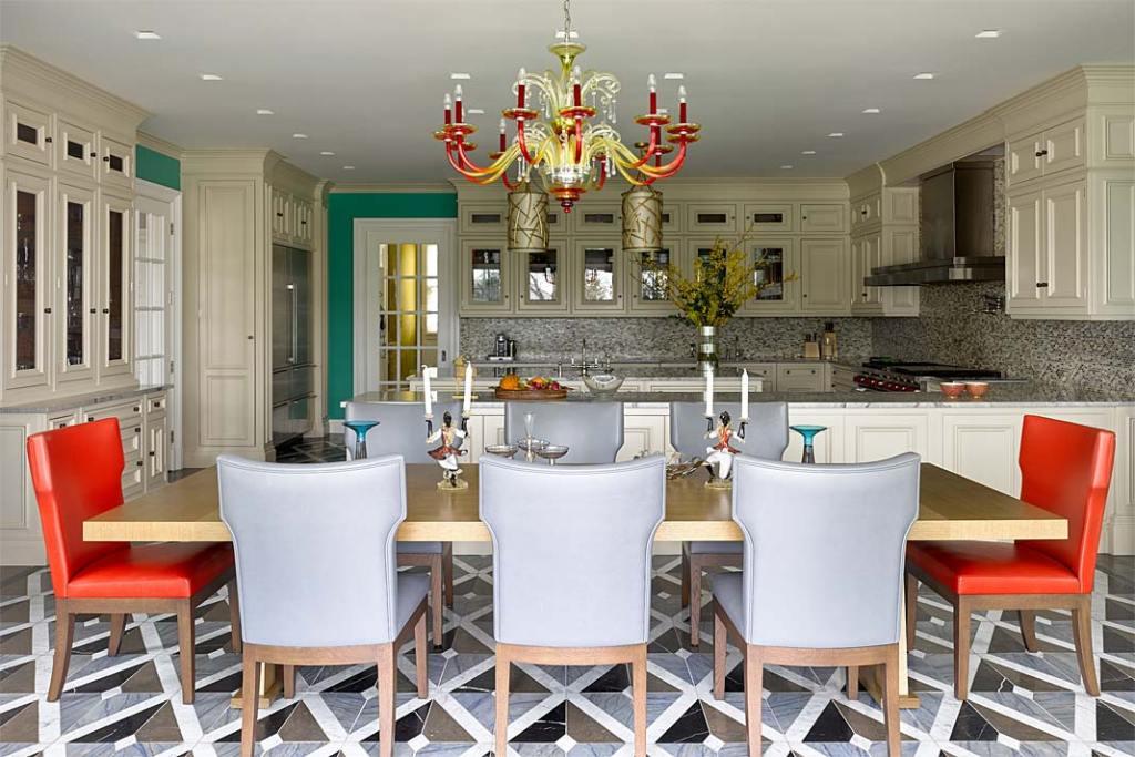 Eklektyczny apartament w Nowym Jorku - kuchnia z jadalnią