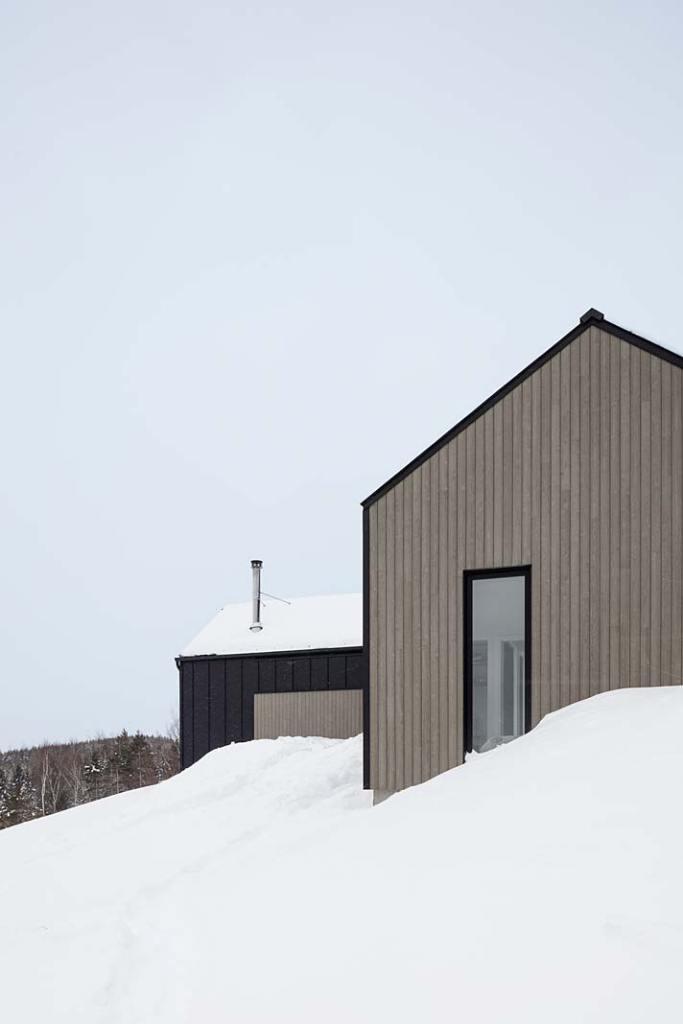 Dom w górach w kanadyjskiej prowincji Quebec
