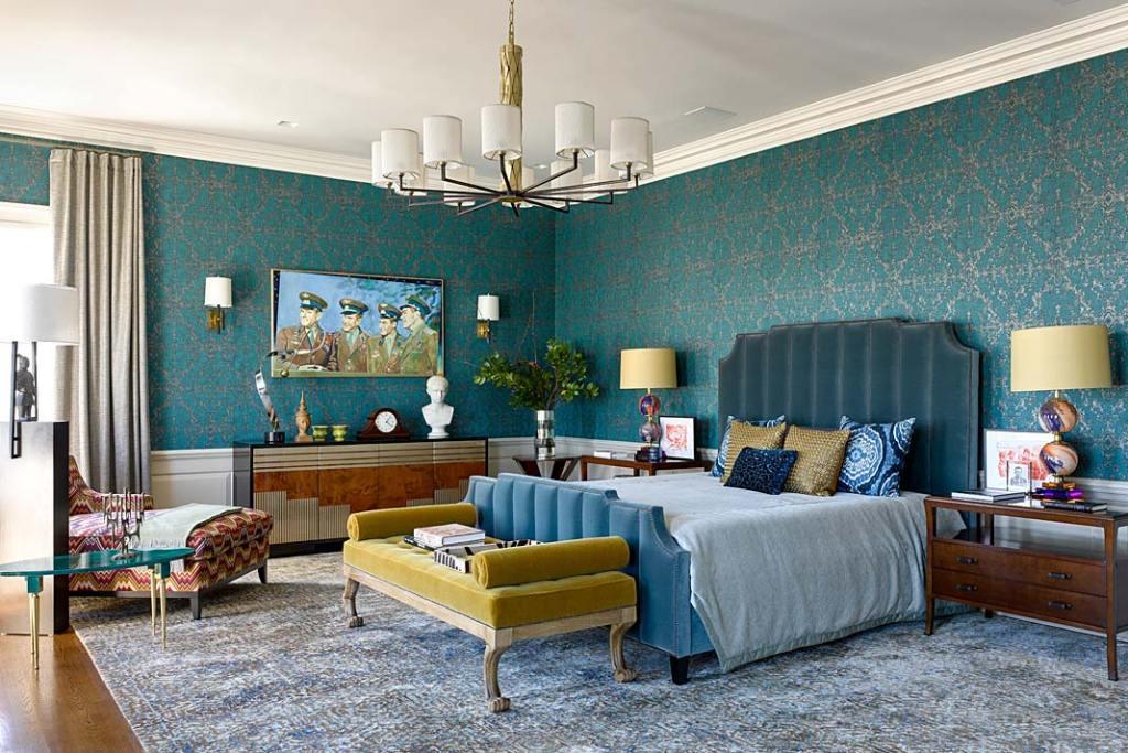 Kolorowe wnętrze apartamentu w Nowym Jorku - sypialnia gospodarzy