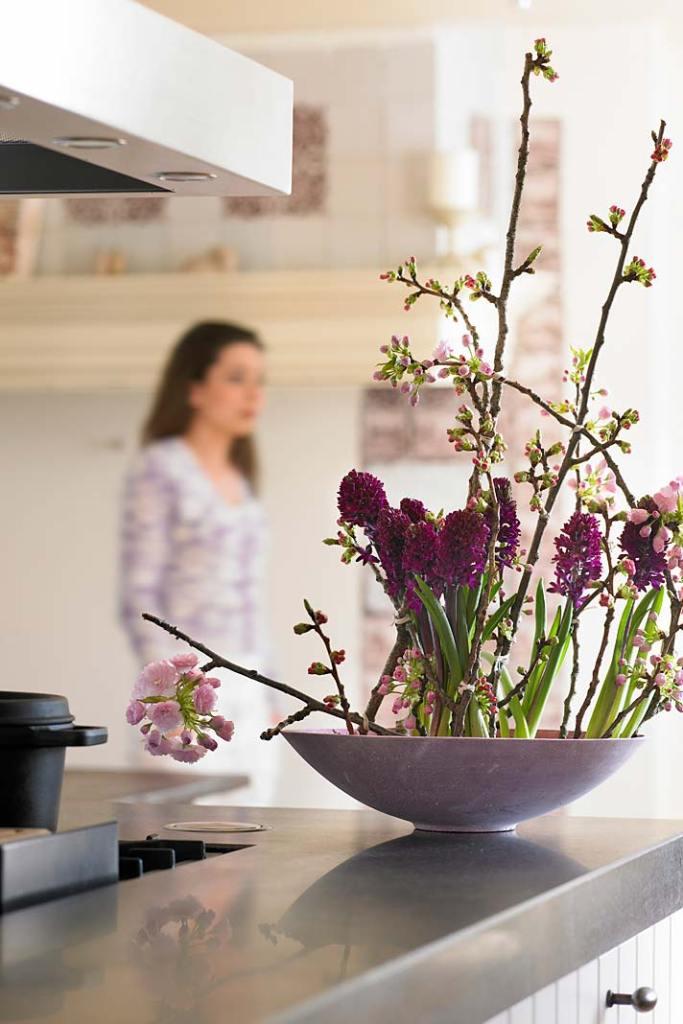 Kompozycja wiosennych kwiatów
