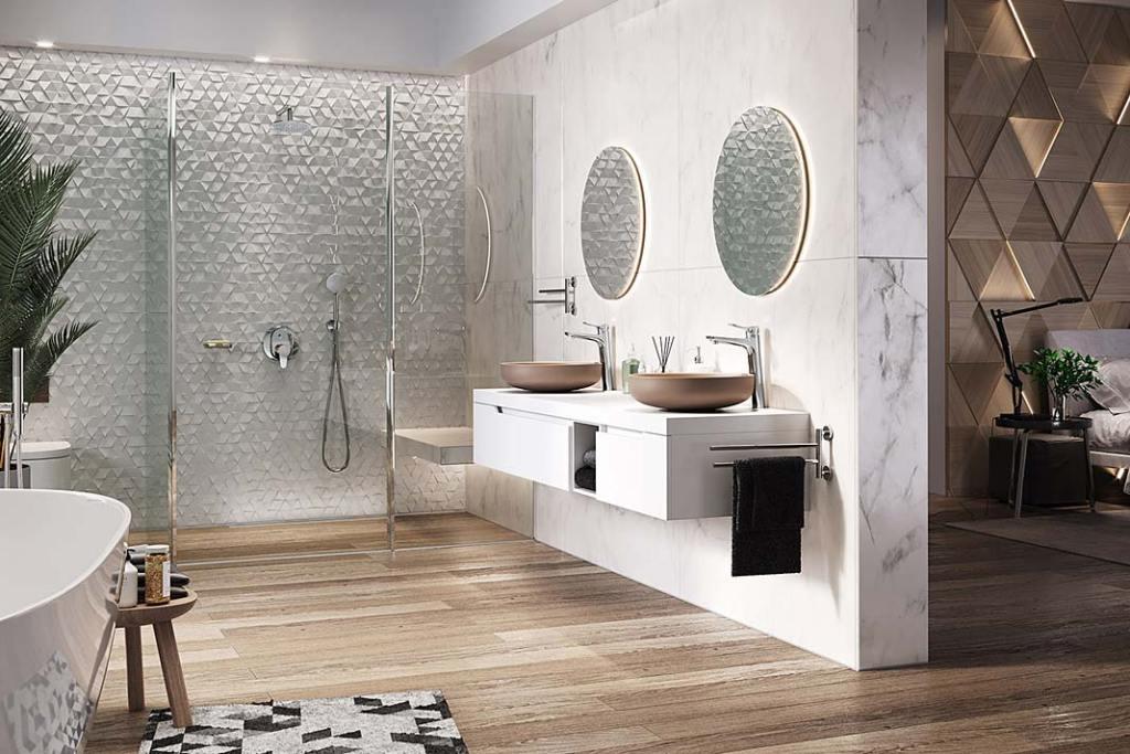 Łazienka wyposażona w podtynkowy zestaw natryskowy Algeo Set marki Ferro. Letni klimat w łazience