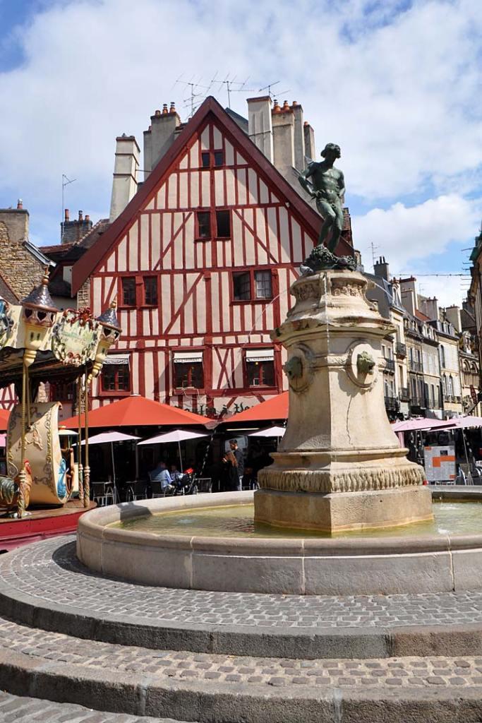 Plac Francoisa Rude w Dijon