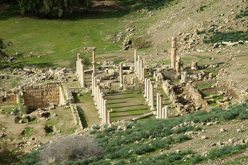 Atrakcje Jordanii: pozostałości starożytnego miasta Pella
