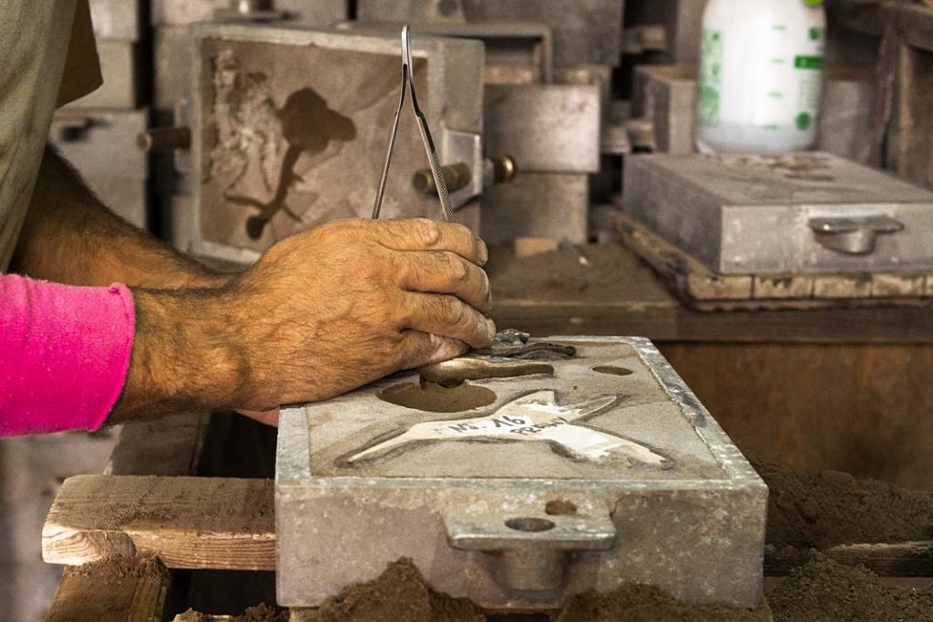 Uchwyty meblowe. Proces produkcji wyrobów PAP DECO, technologia odlewnicza