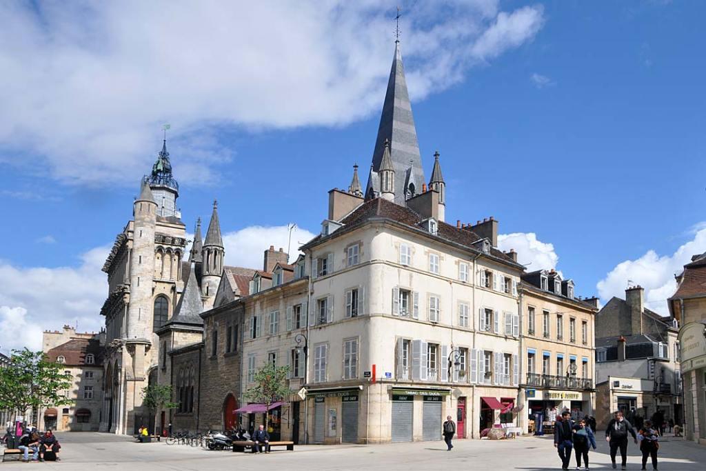 Zabudowa Starego Miasta w Dijon