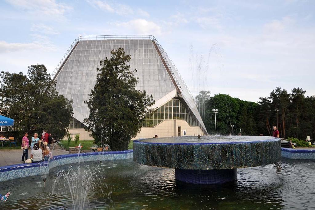 Jedna z cieplarni w ogrodzie botanicznym w Kijowie