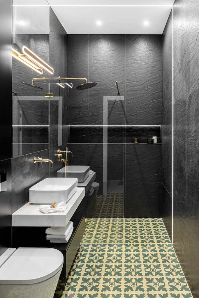 Mała, wąska łazienka 4m2. Projekt Magdalena Bigos-Smoszna, Idea by Mag