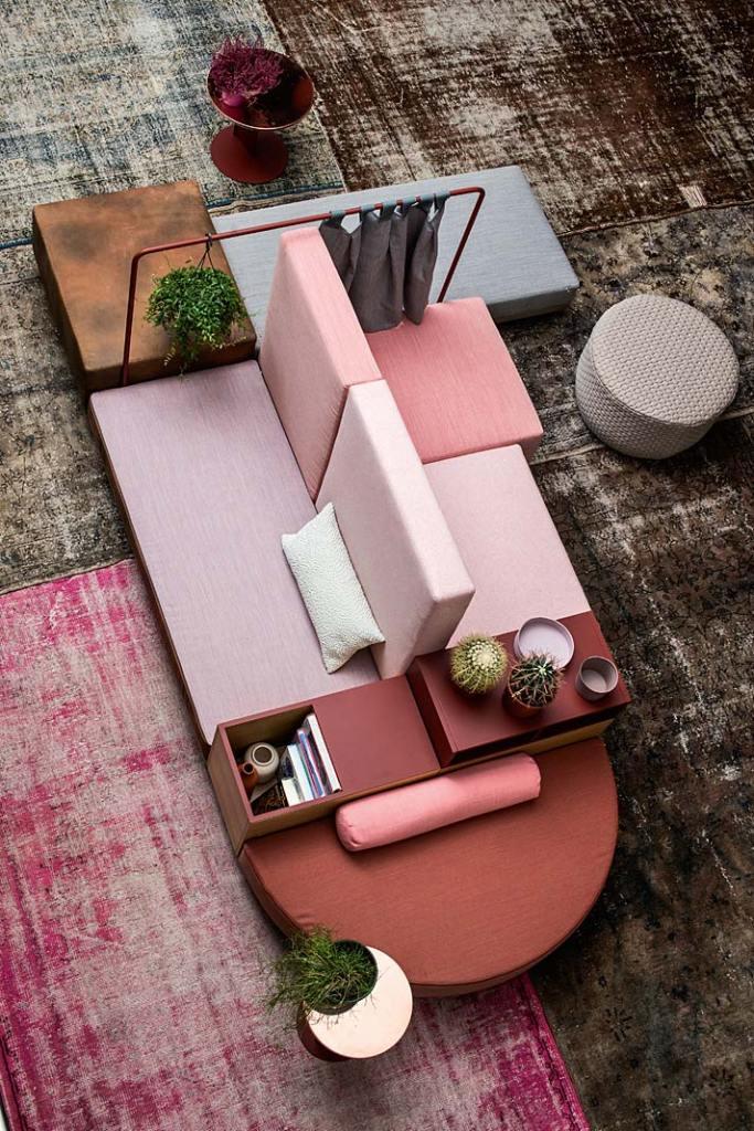 Sposób na małe mieszkanie. Sofa modułowa marki Moroso