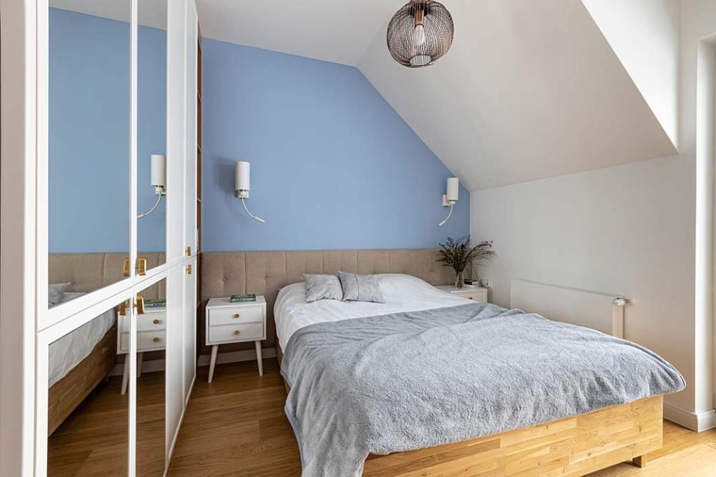 160-metrowy dom dla rodziny - sypialnia. Projekt Kowalczyk-Gajda Studio Projektowe