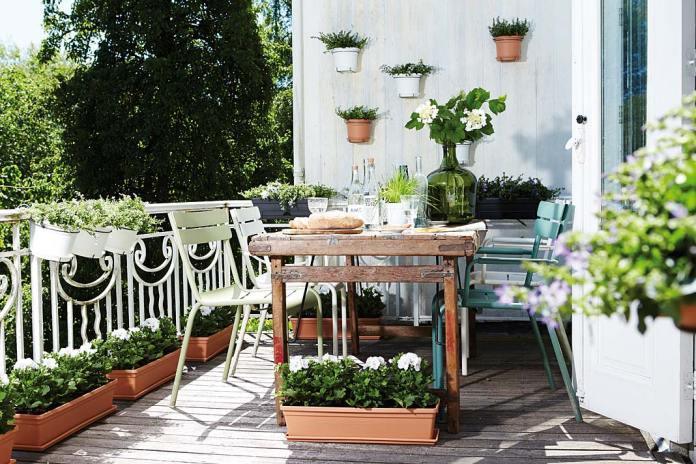 Balkon w kwiatach, donice i skrzynki marki Elho z oferty sklepu Hydroponika