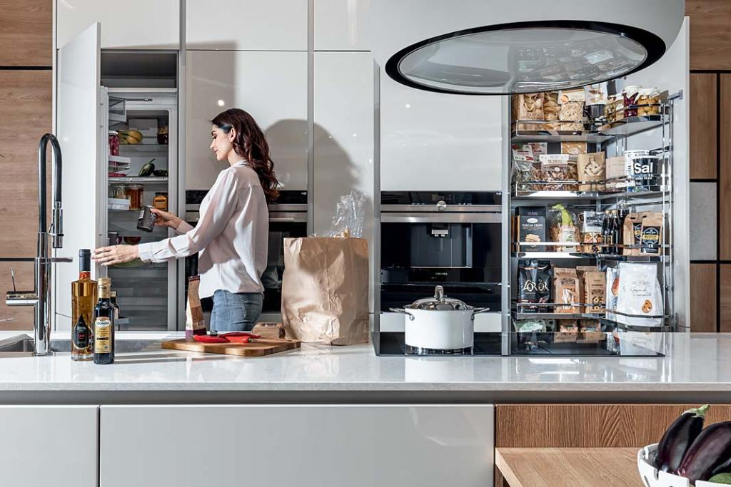 Domowa spiżarnia, system Tandem marki Peka do przechowywania artykułów spożywczych