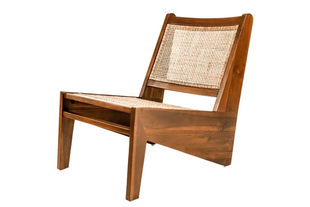 Naturalne materiały wykończeniowe. Fotel Elishia z kolekcji Monnarita