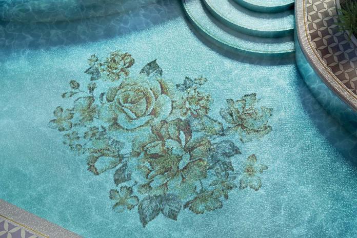 Luksusowy pokój kąpielowy, płytki Mosaico+ z serii Royal Waves