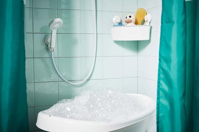 Półka pod prysznic narożna z przyssawkami Tisken IKEA