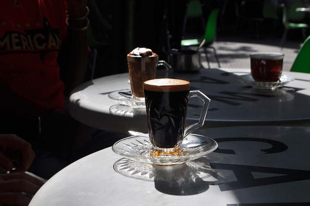 Aromatyczna opowieść o kawie, kawiarnia w Etiopii