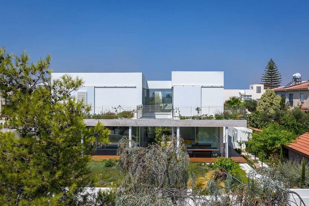 Garden House, dom w symbiozie z ogrodem. Projekt Christos Pavlou Architecture