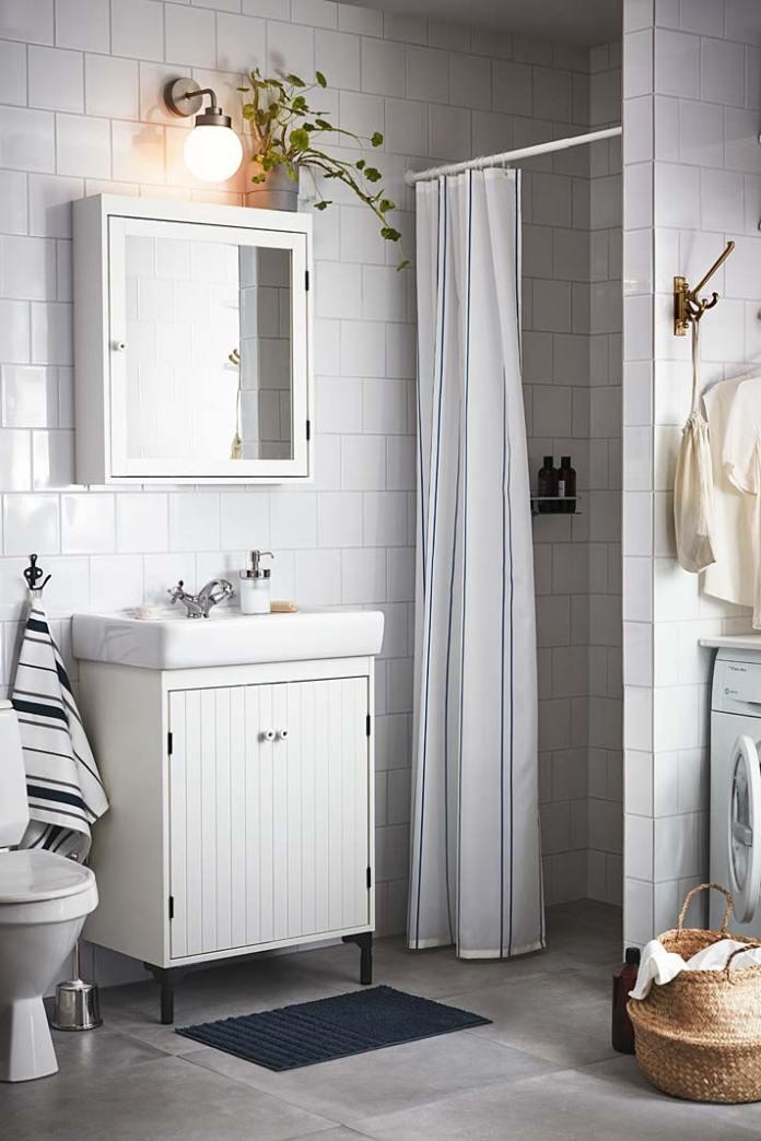 Kabina prysznicowa we wnęce, zasłona i drążek IKEA