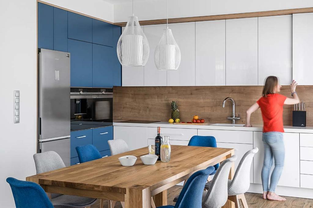 Styl marynistyczny w kuchni - modne wnętrze.  Projekt Studio Projekt