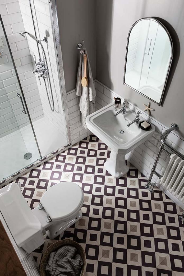 Łazienka w stylu retro, aranżacja firmy Burlington