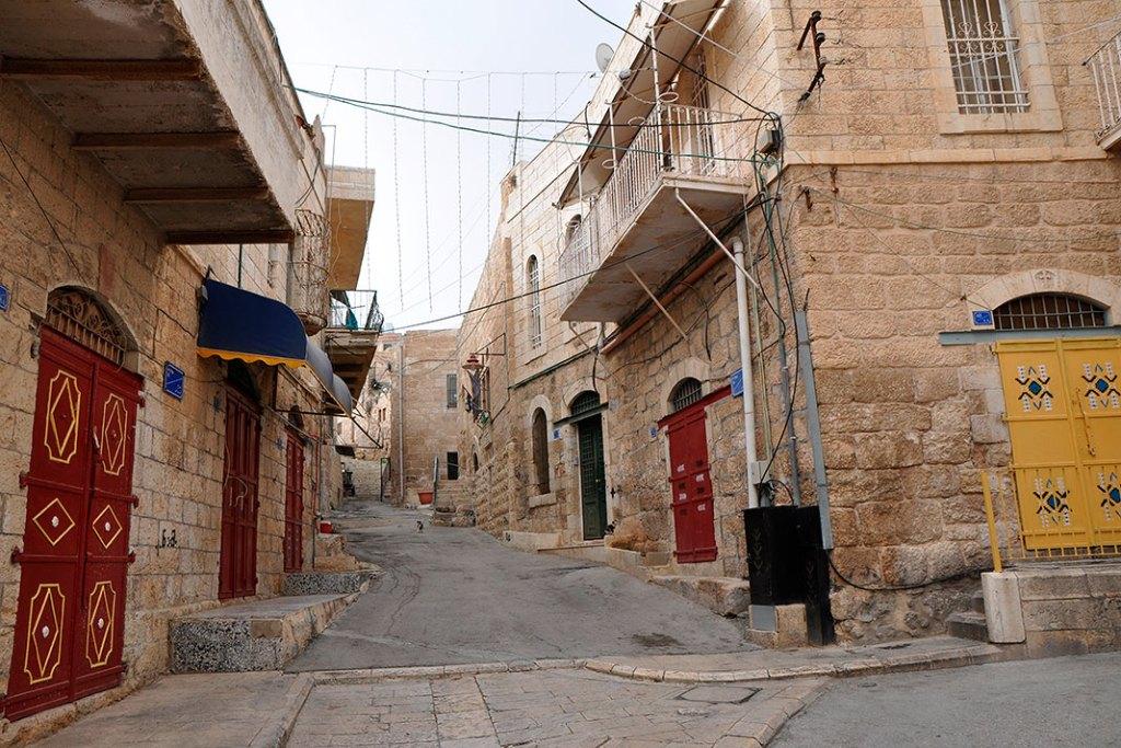 NaStarym Mieście wBajt Sahur nieopodal Betlejem nauwagę zasługują liczne, ozdobne drzwi