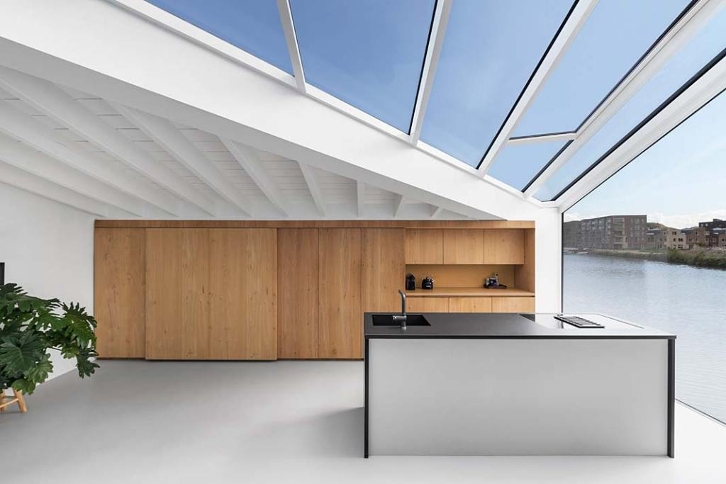 Wnętrze domu w Amsterdamie - kuchnia. Projekt i29 interior architects