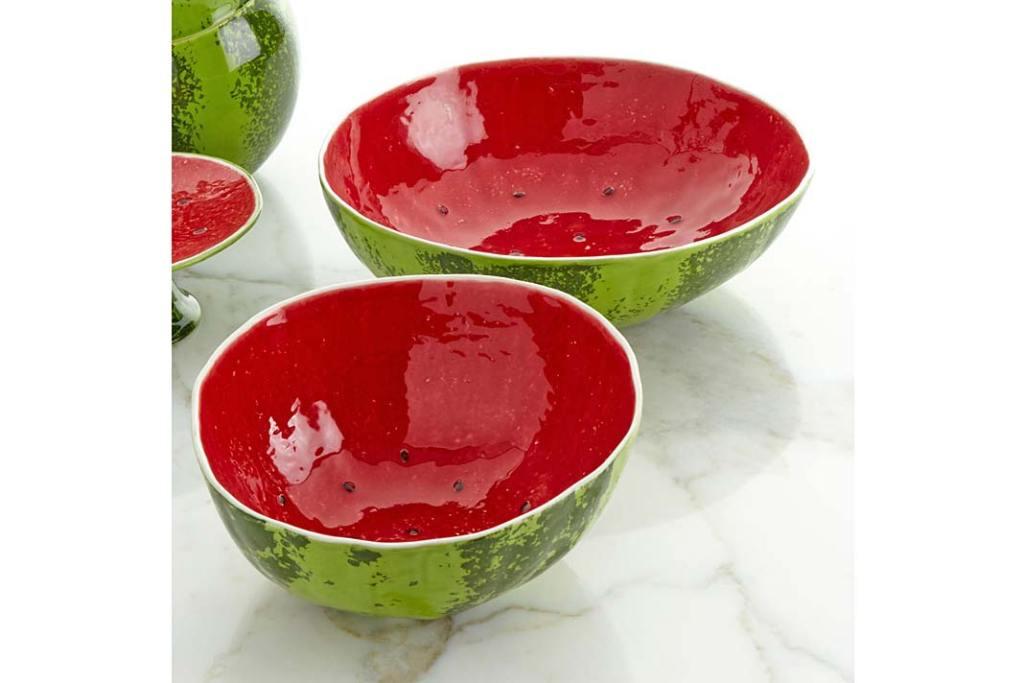 Modny stół latem. Salaterka Watermelon Salad Bowl 28 od Bordallo Pinheiro