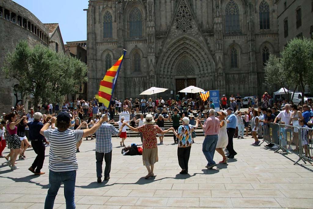 Sardana, taniec narodowy Katalończyków w Barcelonie