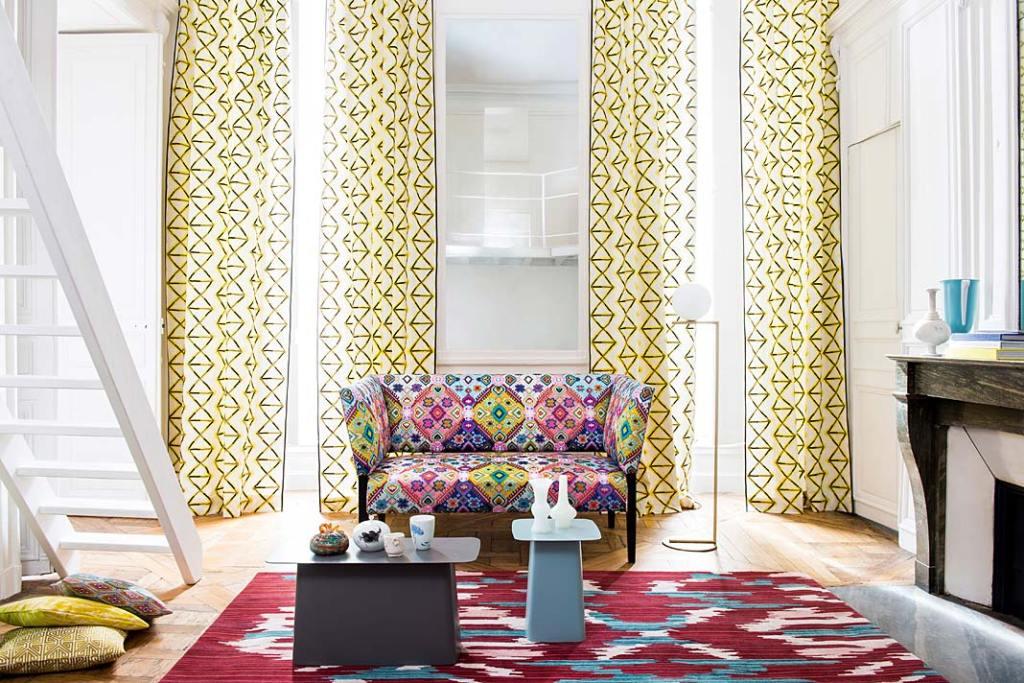 Dekoracja okien. Aranżacja okna z tkaninami Piere Frey z kolekcji Fujin