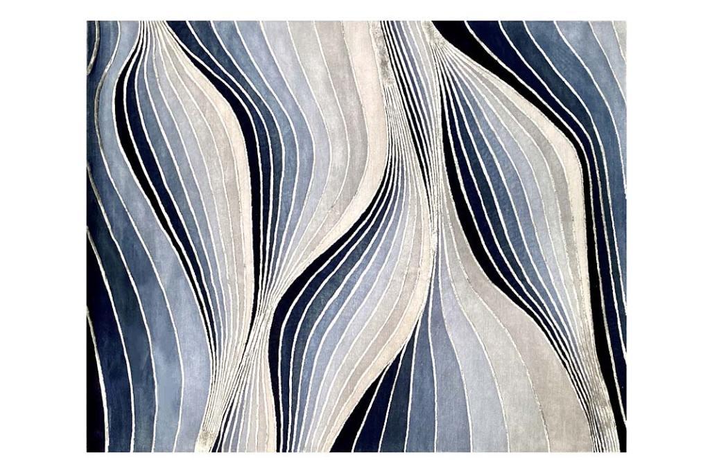 Modny motyw dekoracyjny - fale. Dywan Distortion marki Illulian. Projekt Marco Piva