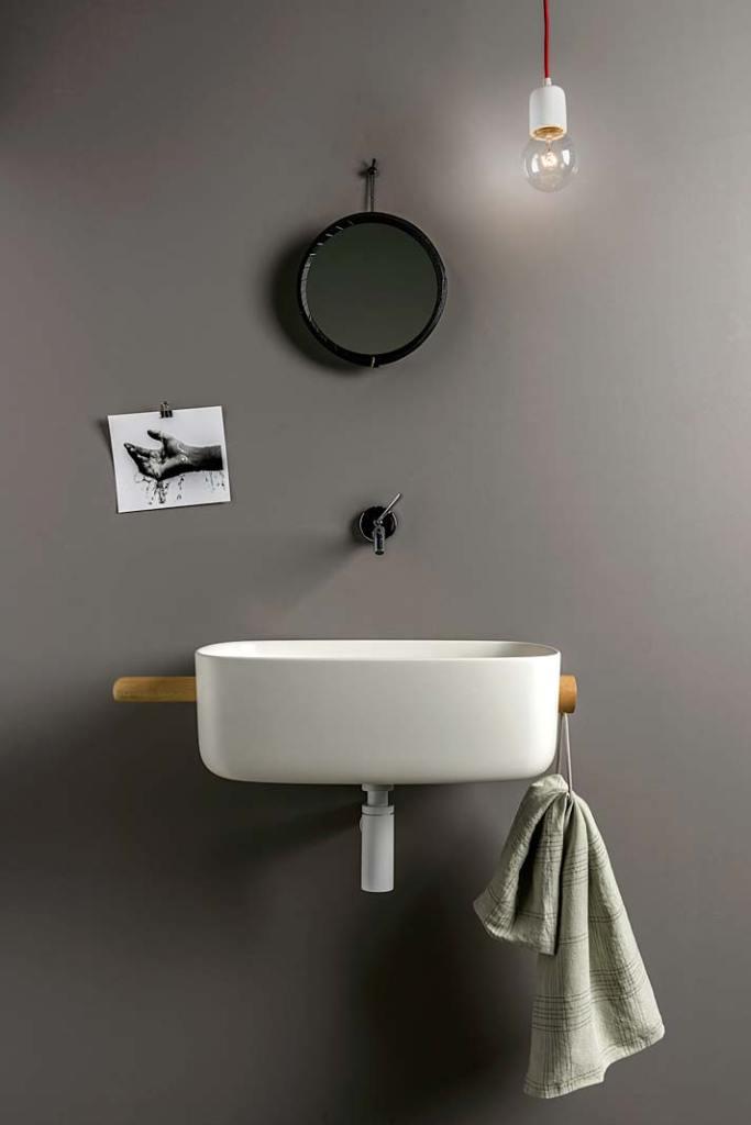 Elastyczna umywalka Bounce dostępna w czterech wariantach