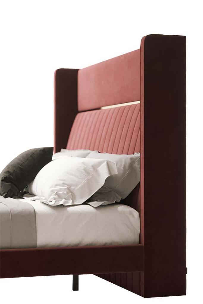 Łóżko Bardot z kolekcji Capital firmy Domkapa