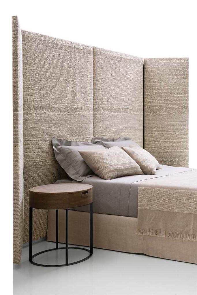 Łóżko do sypialni, model Dike z kolekcji Maxalto